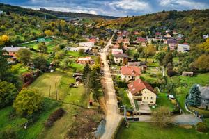 Na uliciach Terchovská a Súľovská položia nový asfalt.