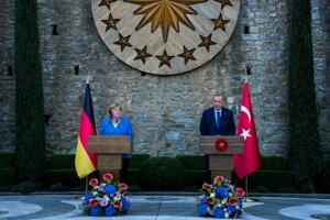 Nemecká kancelárka Angela Merkelová a turecký prezident Recep Tayyip Erdogan.