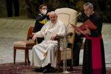 Pápež ocenil spontánnosť detí, chlapec dostal vlastnú pápežskú čiapočku