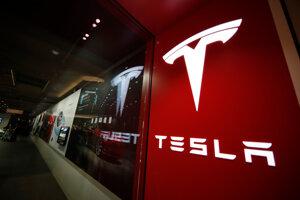 Logo spoločnosti Tesla.