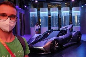 Študent astrofyziky sa zúčastnil výstavy Expo v Dubaji a odprezentoval svoj projekt počas podujatia Vesmírny týždeň.