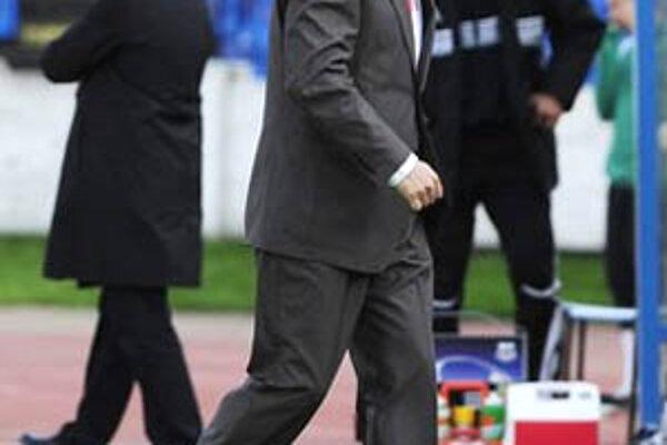 Tréner Nitry Ivan Galád mal práve v sobotu narodeniny, jeho zverenci ho nepotešili.