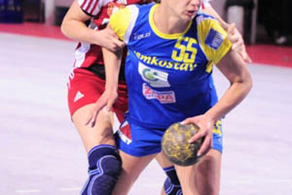 Opora Dusla Petra Popluhárová zaznamenala iba tri góly a navyše zápas nedohrala pre tri vylúčenia.