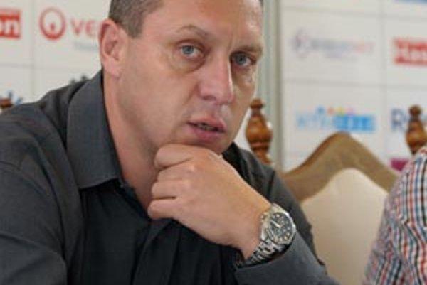 Tréner hokejistov Nitry Peter Oremus.