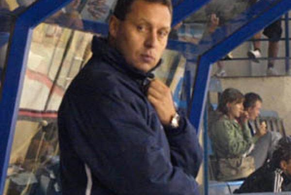 Tréner Peter Oremus videl svoje mužstvo prvýkrát v akcii v prípravnom dueli.