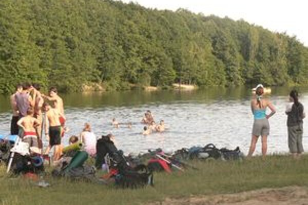 Rekreačné stredisko  by sa malo v horizonte najviac troch rokov rozšíriť o niekoľko bazénov, hotelov, ubytovacích bungalovov a ďalších objektov.