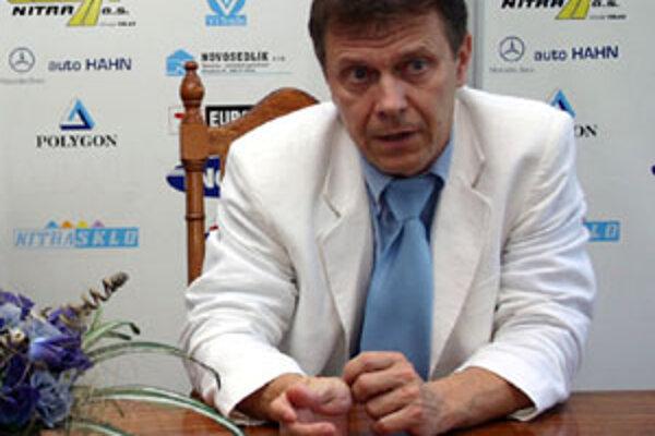 Ján Plandora sa vracia do výkonnej pozície, hoci z nitrianskeho hokeja nikdy neodišiel.