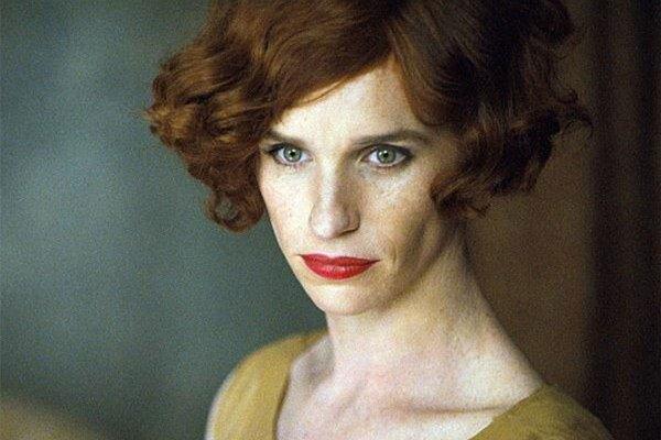 Eddie Redmayne , čerstvý držiteľ Oscara za Teóriu všetkého sa v Benátkach predstavil s filmom Danish Girl.