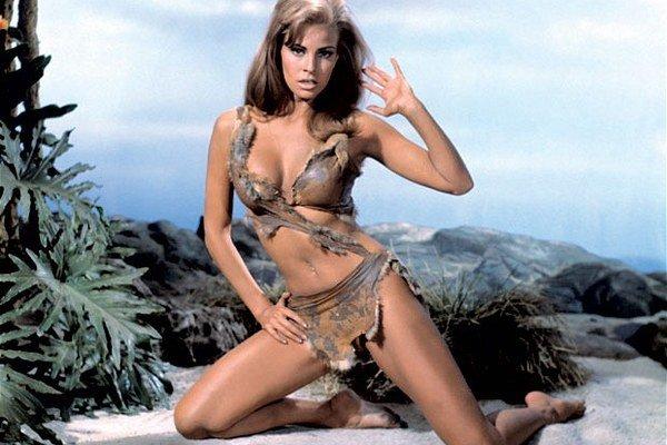 Raquel Welch sa v sexi koženej verzii bikín predviedla vo filme Milión rokov pred Kristom v roku 1966