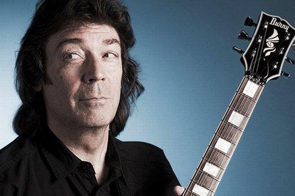 Gitarista Steve Hackett bude po vystúpení v Banskej Štiavnici pokračovať v koncertnej šnúre po Európe.