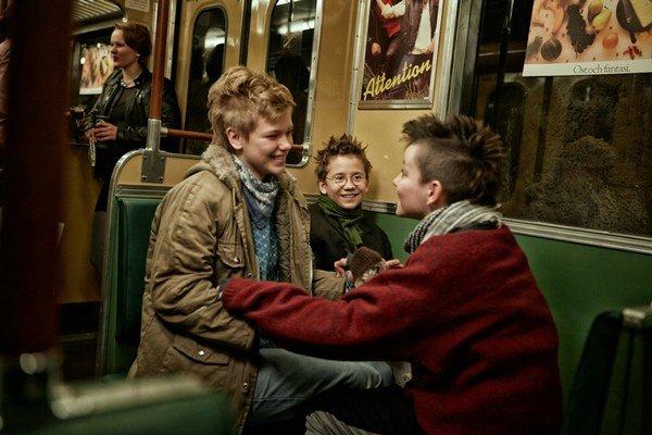 My sme najlepší! je film o trojlístku trinásťročných slečien, ale rozhodne nie je určený im.