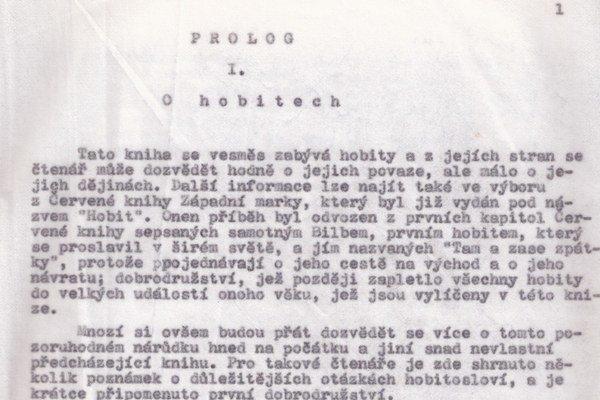 Žiadne výpravné vydanie, čistý strojopis. Desať rokov jediná možnosť ako si prečítať v Československu knihu Pán prsteňov.