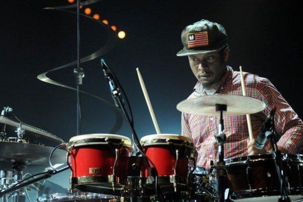 Americký bubeník Chris Dave a jeho skupina Drumhedz dnes v Košiciach, zajtra v Bratislave.