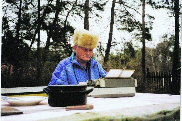 Bohumil Hrabal napísal svoje vrcholné prózy v Kersku. Aj vonku, na vzduchu.
