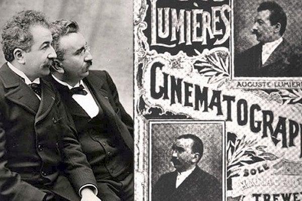 Priekopníci filmu, Francúzi Louis (1864-1948) a Auguste (1862-1954) Lumièrovci boli asi prví súrodenci-filmári