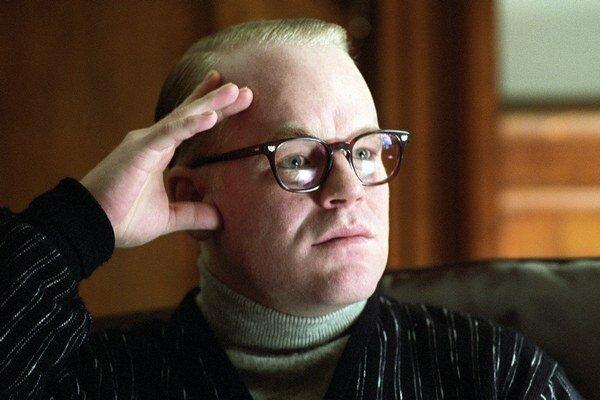 Oscara získal za rolu vo filme Capote.