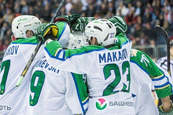 Hráči Salavatu Julajev Ufa triumfovali v Magnitogorsku.