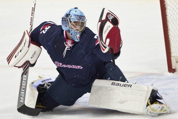 Slovan má za sebou úspešnú prípravu, smelé ambície má aj v novom ročníku KHL. Pomôcť k ich naplneniu má i posila na brankárskom poste - Kanaďan Michael Garnett.