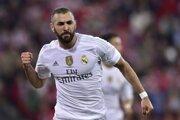 Futbalisti Realu Madrid majú výbornú formu. Na snímke sa teší Karim Benzema.