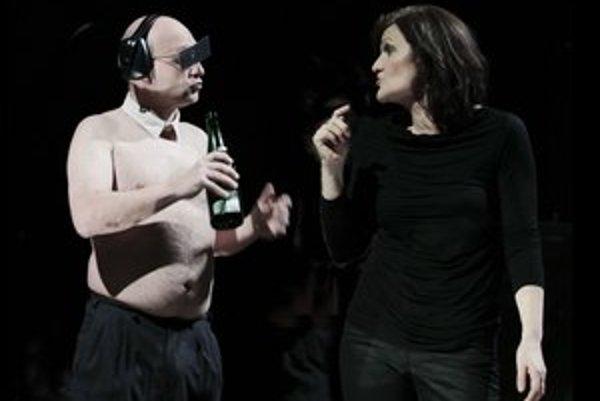 Inscenáciu Proces procesu procesom obohatila aj dlhoročná herečka martinského divadla Jana Oľhová.