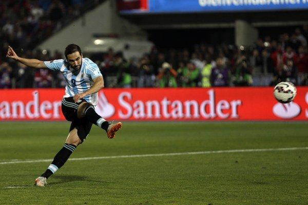Gonzalo Higuaín v reprezentačnom drese.
