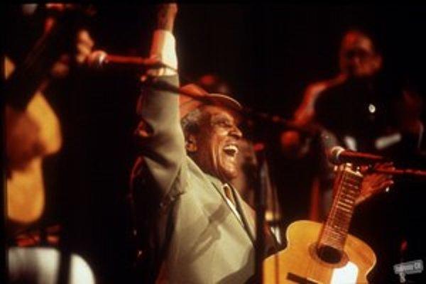 Atmosféru zo života kubánskych hudobníkov a ich koncertov zachytil Wendersov film Buena Vista Social Club.