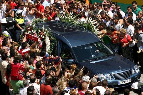 V roku 2007 zomrel na zástavu srdca 22-ročný obranca FC Sevilla Antonio Puerta.