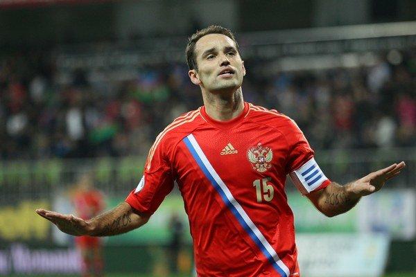 Ruský futbalista Roman Širokov.