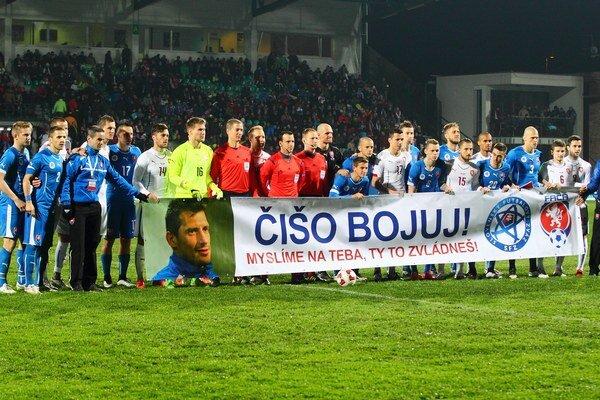 Futbalisti podporili bývalého reprezentanta Mariána Čišovského.