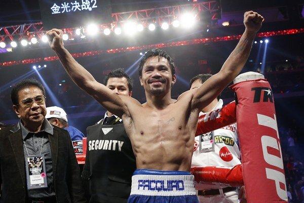 Manny Pacquiao v novembri minulého roka obhájil titul kategórie WBO vo welterovej váhe, keď zdolal Chrisa Algieriho.