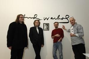 Vydavateľ Martin Souček, manažér projektu Boris Kršňák, výtvarník Michal Cihlář a fotograf Rudo Prekop (na snímke zľava) dotiahli projekt do reálnej podoby.