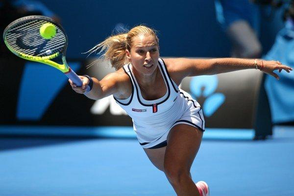 Dominika Cibulková nechce riskovať rýchly prechod na iný povrch.