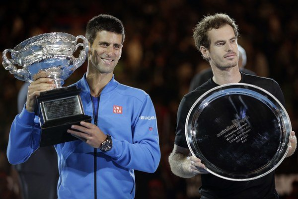 Djokovič (vľavo) a Murray.