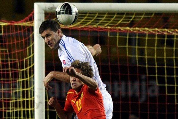 Michalík v kvalifikačnom zápase v Macedónsku v roku 2011.
