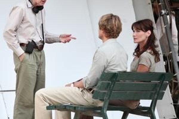 Francúzska prvá dáma hrá vo filme Woodyho Allena s hviezdou Owenom Wilsonom.