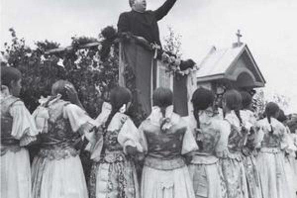 Cirkevno–národná manifestácia v Skalitom, 1941.