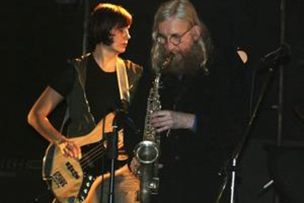 Undergroundová legenda The Plastic People of the Universe (na snímke Eva Turnová a Vratislav Brabenec) zasa na podujatí  Koncert pre všímavých.