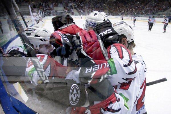 Streda prináša ďalšie zápasy KHL.