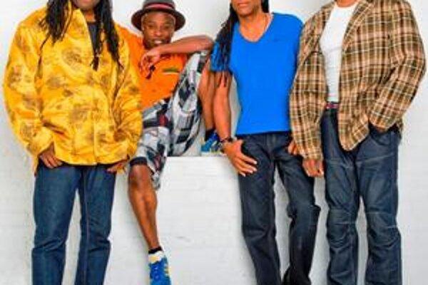 Slávni newyorčania prídu v pôvodnej zostave so spevákom Coreym Gloverom.