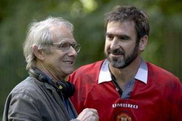 Anglický režisér Ken Loach so svojou netypickou filmovou hviezdou z Francúzska.