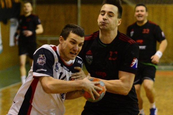 Na snímke s loptou hráč Košíc Vlastimil Fuňak.