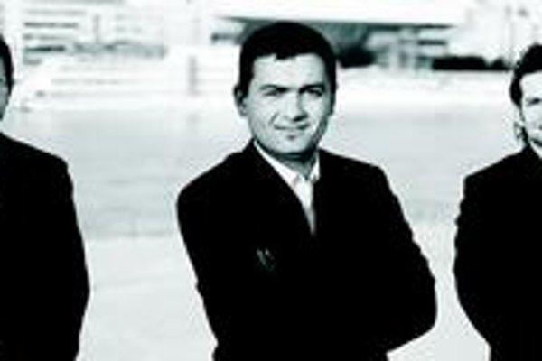 Hugo Kauder trio založili traja mladí slovenskí hudobníci pôsobiaci v zahraničí.