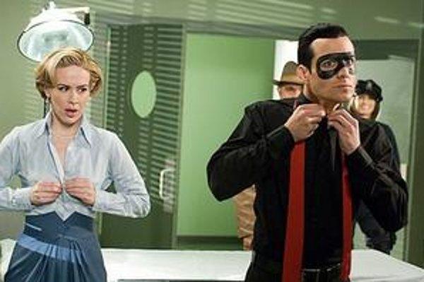 Sarah Paulson a Gabriel Macht patria kmnohýmhereckým hviezdam režijného debutu FrankaMillera Spirit.