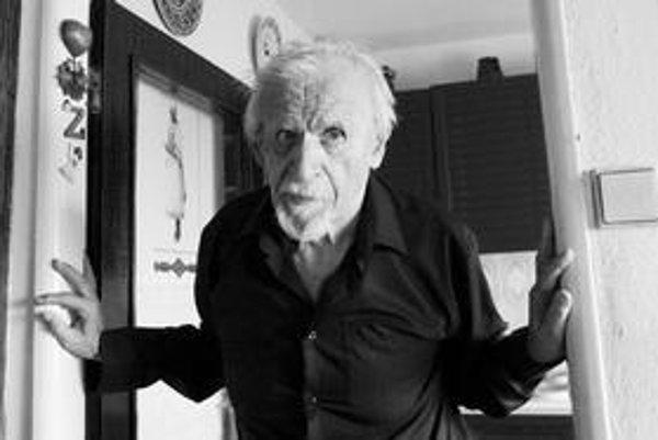 Básnik Milan Rúfus vždy sledoval, čo sa deje. Aj keď možno iba pasívne.