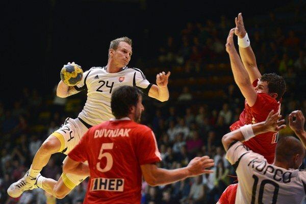 Martin Straňovský s loptou.