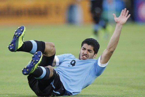 Luisa Suareza museli operovať. Jeho štart na šampionáte je neistý.