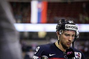 Hokejista Michel Miklík po zápase Slovensko - Taliansko základnej A-skupiny majstrovstiev sveta v ľadovom hokeji 2014 v Minsku.