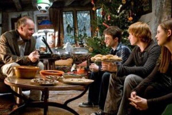 Záber z šiesteho filmu o Harrym Potterovi, ktorý bude mať premiéru na jeseň tohto roka.