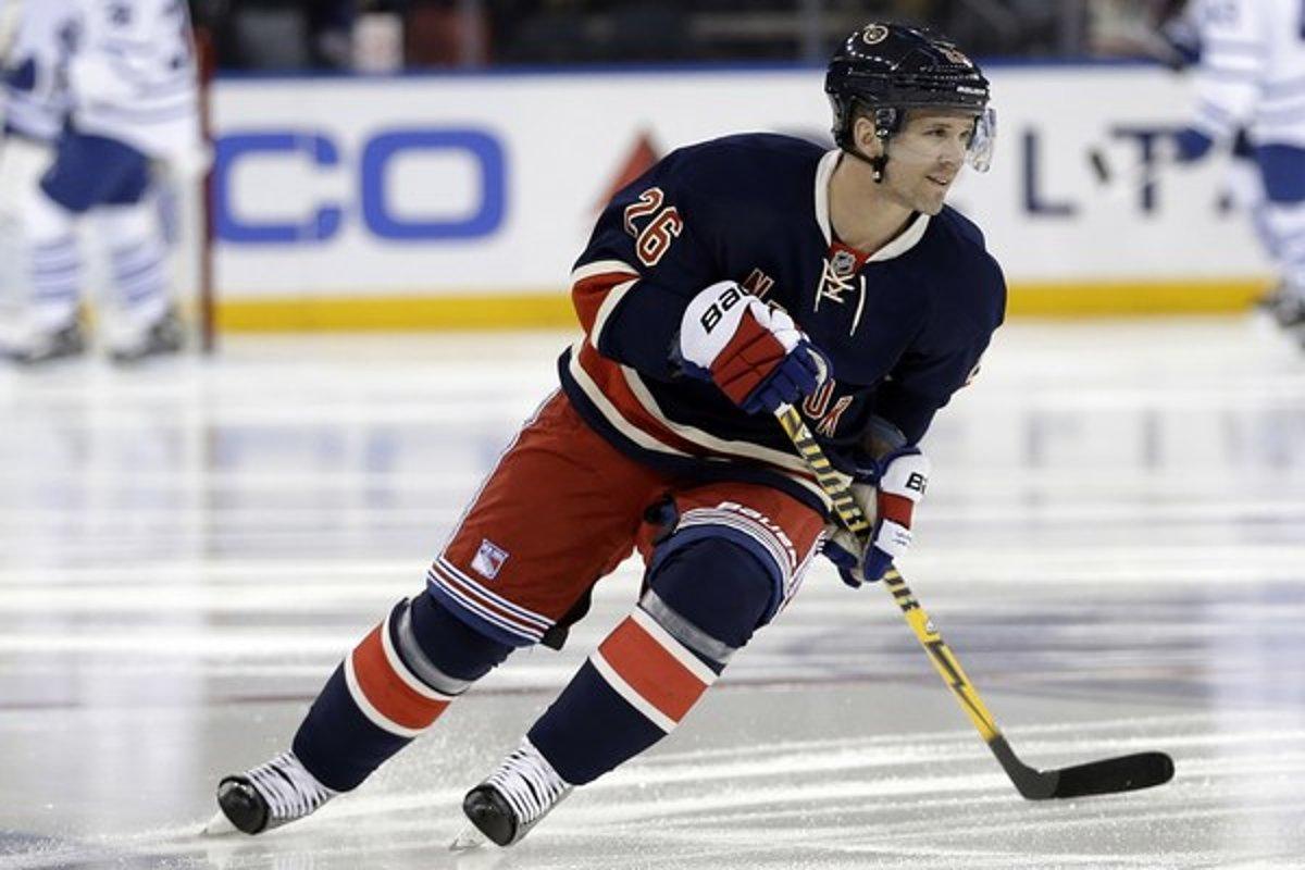 0a38818589d2c Martin St. Louis je ofenzívnym lídrom New York Rangers. Stanleyho pohár už  získal s