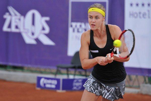 Anna Karolína Schmiedlová počas štvrtkového zápasu na turnaji v Trnave.